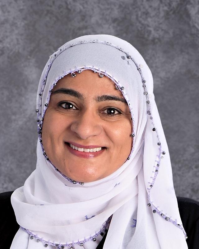 Image of female instructor